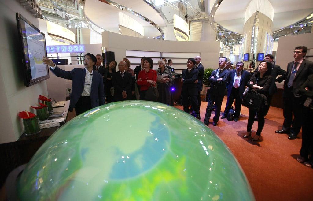 Tangible Earth - World Economic Forum